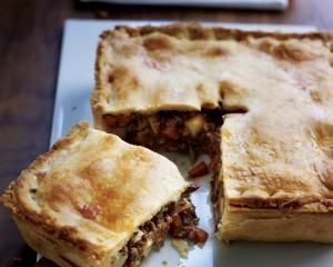 secrets to make the perfect meat pie